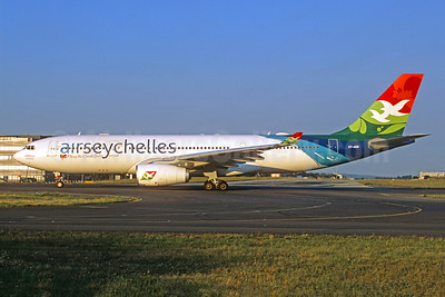 Air Seychelles (Etihad Airways) Airbus A330-243 S7-ADB (msn 751) CDG (Jacques Guillem Collection). Image: 942362.