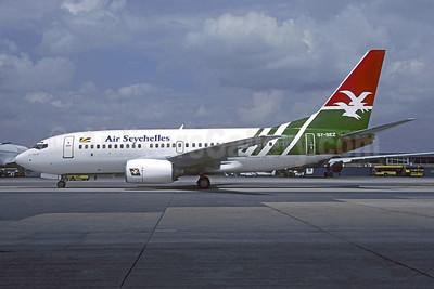 Air Seychelles Boeing 737-7Q8 S7-SEZ (msn 30727) JNB (Christian Volpati). Image: 951866.
