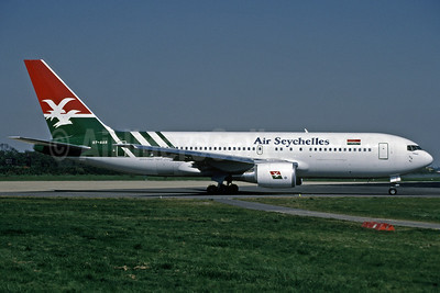 Air Seychelles Boeing 767-2Q8 ER S7-AAS (msn 24448) LGW (Richard Vandervord). Image: 907269.
