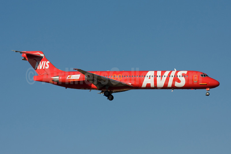 Avis (right side) special livery