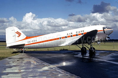 Air Cape Douglas C-47A-DL (DC-3) ZS-EDX (msn 9452) CPT (Christian Volpati Collection). Image: 950710.