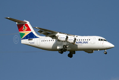 Airlink (South African Airlink) BAe RJ85 ZS-SSJ (msn E2385) JNB (Rainer Bexten). Image: 921390.