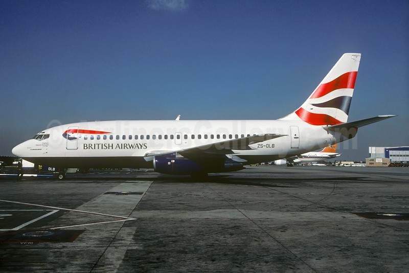 Only the Comair 737-200s appeared in the Union flag livery