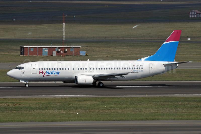 FlySafair (Safair) Boeing 737-4Y0 ZS-JRD (msn 24917) JNB (Paul Denton). Image: 921016.