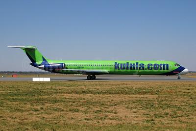 Kulula (kulula.com) McDonnell Douglas DC-9-81 (MD-81) ZS-OBH (msn 48059) JNB (Ton Jochems). Image: 954129.