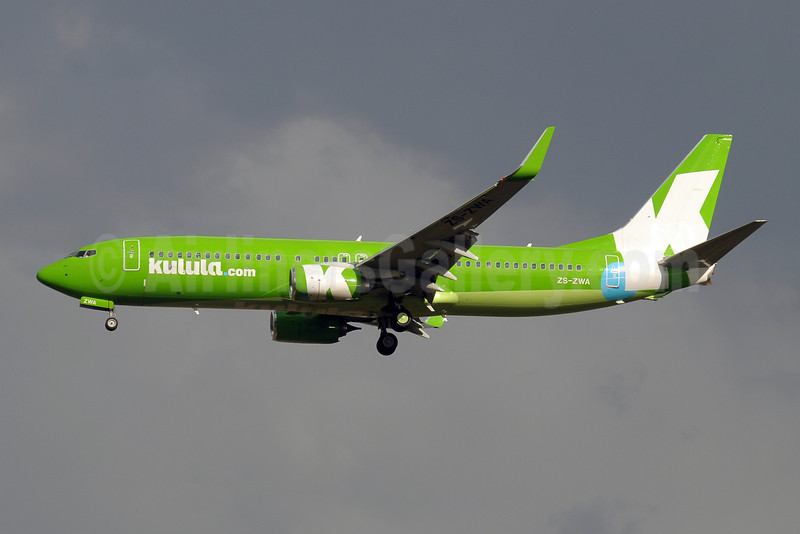 Kulula.com Boeing 737-8LD WL ZS-ZWA (msn 40851) JNB (Paul Denton). Image: 910154.
