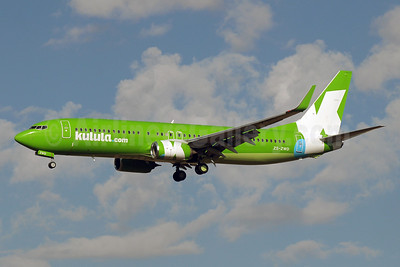 Kulula (kulula.com) Boeing 737-8LD WL ZS-ZWD (msn 40855) JNB (Paul Denton). Image: 923003.