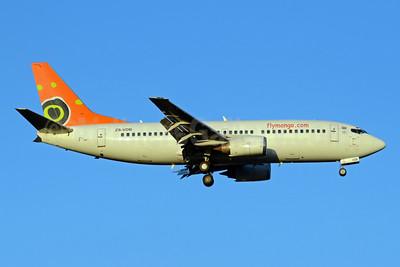 flymango.com (Mango) Boeing 737-31L ZS-VDB (msn 27345) JHB (TMK Photography). Image: 913075.
