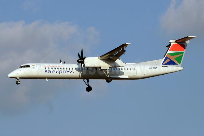 SA Express (South African Express Airways) Bombardier DHC-8-402 (Q400) ZS-YBT (msn 4146) JNB (TMK Photography). Image: 920678.