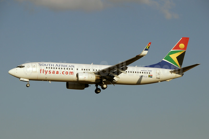 South African Airways Boeing 737-844 WL ZS-SJU (msn 32644) JNB (Paul Denton). Image: 923669.