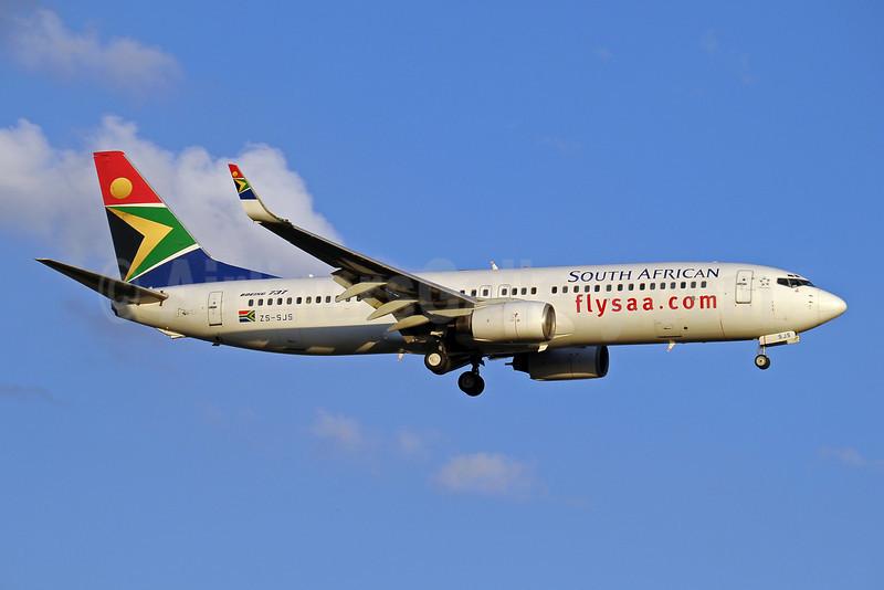 South African Airways Boeing 737-844 WL ZS-SJS (msn 32632) JNB (Paul Denton). Image: 910178.