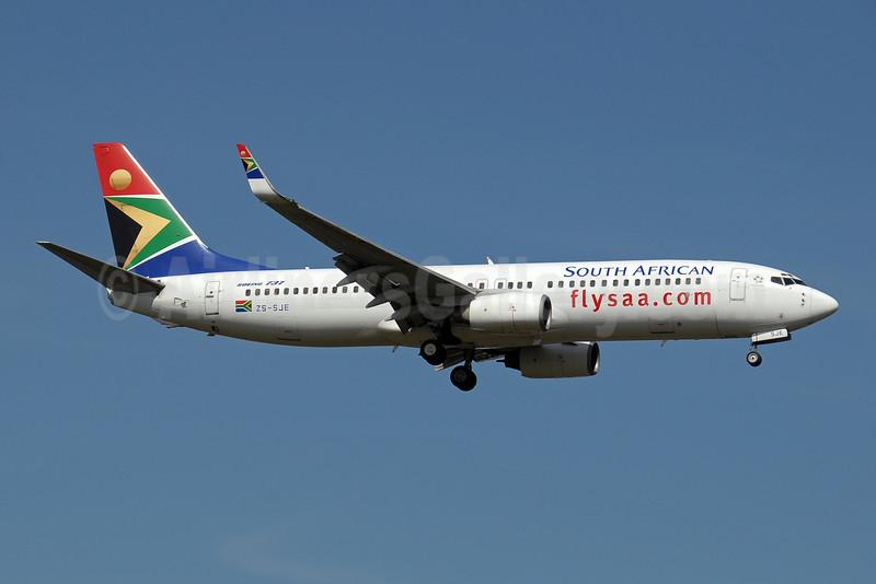 South African Airways Boeing 737-85F WL ZS-SJE (msn 28830) JNB (Paul Denton). Image: 910181.