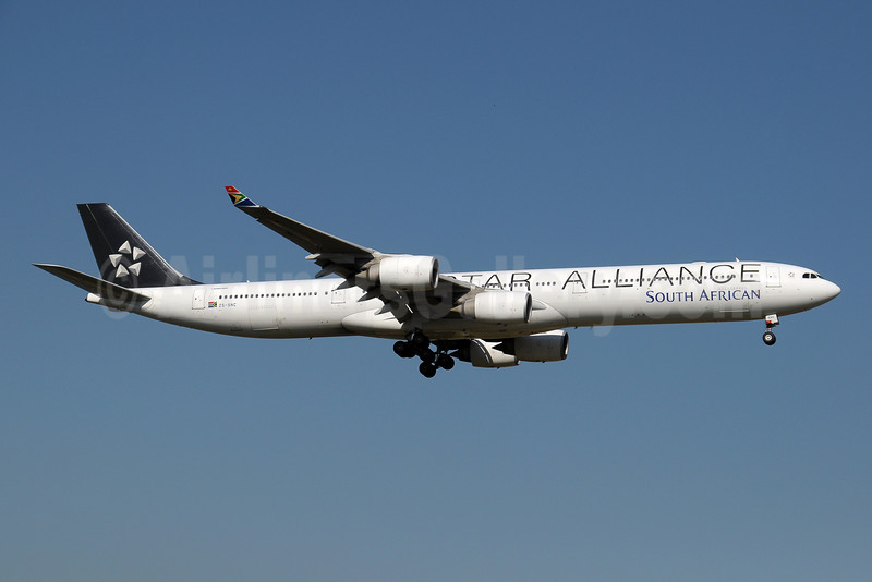 South African Airways Airbus A340-642 ZS-SNC (msn 426) (Star Alliance) JNB (Paul Denton). Image: 910176.