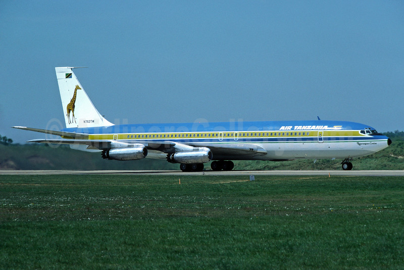 Air Tanzania (1st) Boeing 707-331 N762TW (msn 17675)  LGW (Richard Vandervord). Image: 902515.