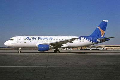 Air Tanzania (2nd) Airbus A320-214 5H-MWH (msn 630) JNB (Hannes Meyer). Image: 900339.
