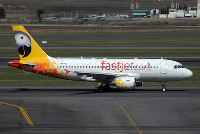 Fastjet.com Airbus A319-112 5H-FJC (msn 1145) JNB (Paul Denton). Image: 921018.