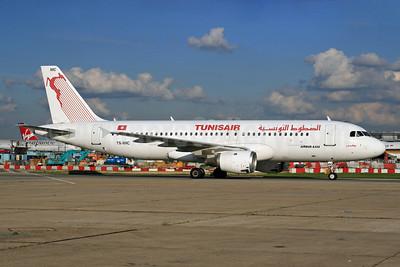 Tunisair Airbus A320-211 TC-IMC (msn 124) LHR (SPA). Image: 926357.