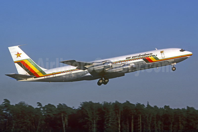 Air Zimbabwe Boeing 707-330B Z-WKV (msn 18927) FRA (Christian Volpati Collection). Image: 930606.