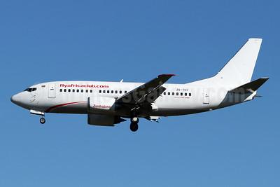 Flyafrica (flyafricaclub.com) Boeing 737-5Y0 ZS-THY (msn 25188) JNB (Jonathan Druion). Image: 946213.