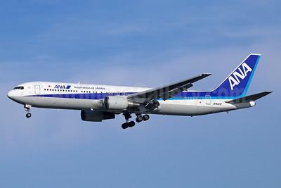 ANA (All Nippon Airways) Boeing 767-381 JA8322 (msn 25618) (Inspiration of Japan) NRT (Michael B. Ing). Image: 929295.
