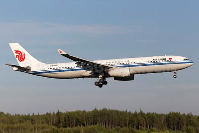 Air China Airbus A330-343 B-5906 (msn 1373) ARN (Stefan Sjogren). Image: 934520.