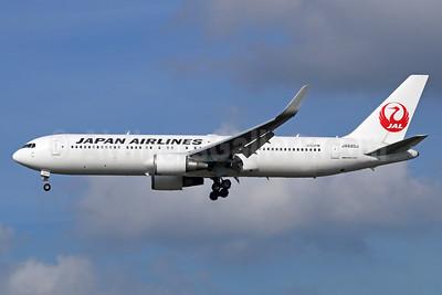 JAL-Japan Airlines Boeing 767-346 ER WL JA620J (msn 37547) NRT (Michael B. Ing). Image: 934409.
