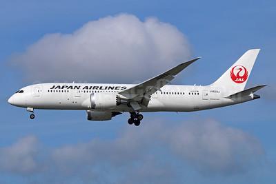 JAL-Japan Airlines Boeing 787-8 Dreamliner JA829J (msn 34839) NRT (Michael B. Ing). Image: 934410.