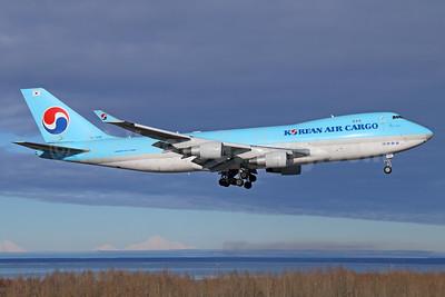 Korean Air Cargo Boeing 747-4B5F ER HL7499 (msn 33517) ANC (Michael B. Ing). Image: 925106.