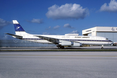 Kuwait Airways-Trans Continental Airlines McDonnell Douglas DC-8-62 (F) N181SK (msn 45190) MIA (Bruce Drum). Image: 104252.