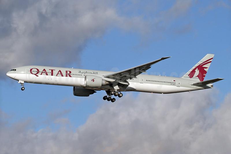 Qatar Airways Boeing 777-3DZ ER A7-BAI (msn 36095) LHR (Keith Burton). Image: 934223.