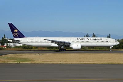 Saudia (Saudi Arabian Airlines) Boeing 777-3FG ER HZ-AK33 (msn 61590) PAE (Nick Dean). Image: 934472.