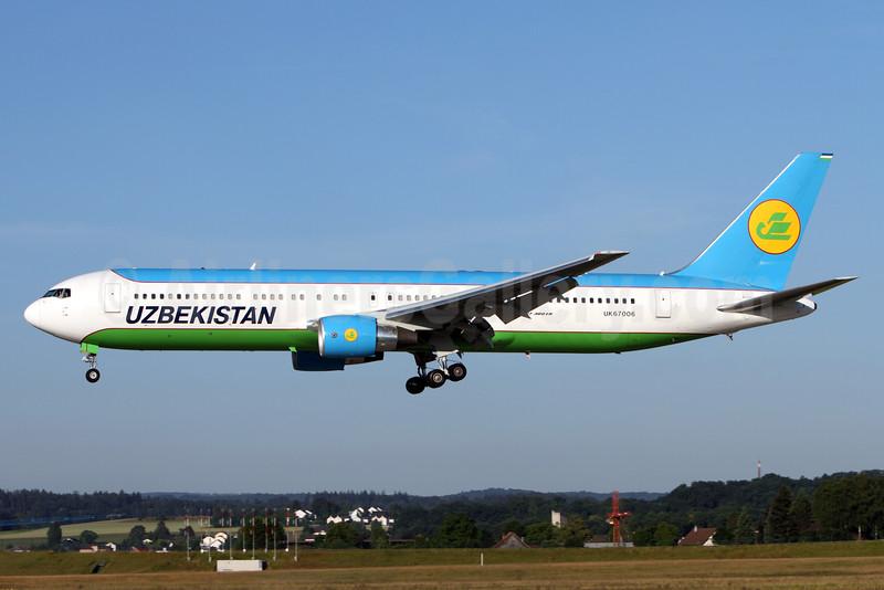 Uzbekistan Airways Boeing 767-33P ER UK67006 (msn 40535) ZRH (Andi Hiltl). Image: 933532.