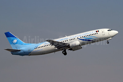 Ariana Afghan Airlines (Pamir Airways) Boeing 737-4Y0 YA-PIB (msn 26077) (Pamir colors) DXB (Rainer Bexten). Image: 925555.