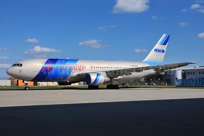 Safi Airways Boeing 767-2J6 ER YA-AQS (msn 23745) FRA (Ton Jochems). Image: 952863.