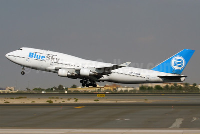 Blue Sky (Blue Airways) Boeing 747-422 EP-MNA (msn 24383) DXB (Konstantin von Wedelstaedt). Image: 901385.