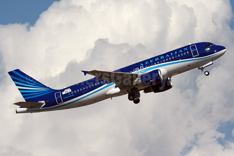 Azerbaijan Airlines Airbus A320-214 (ACJ) F-WWIQ (4K-AI07) (msn 6285) TLS (Paul Bannwarth). Image: 929310.