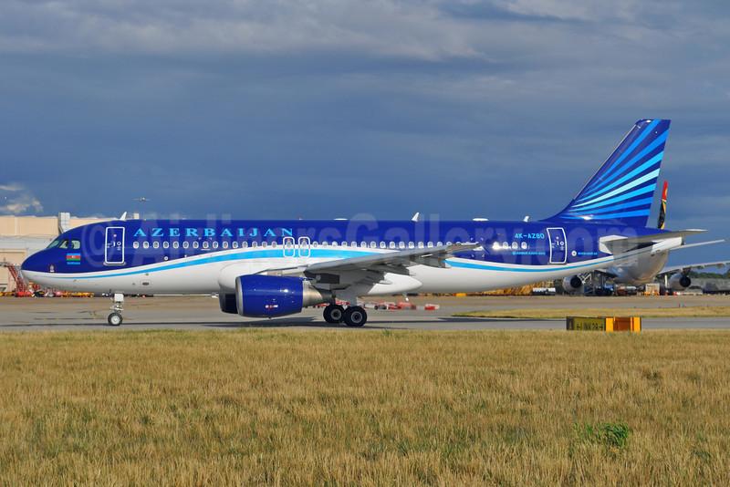 Azerbaijan Airlines Airbus A320-214 4K-AZ80 (msn 2991) LHR (Dave Glendinning). Image: 913307.
