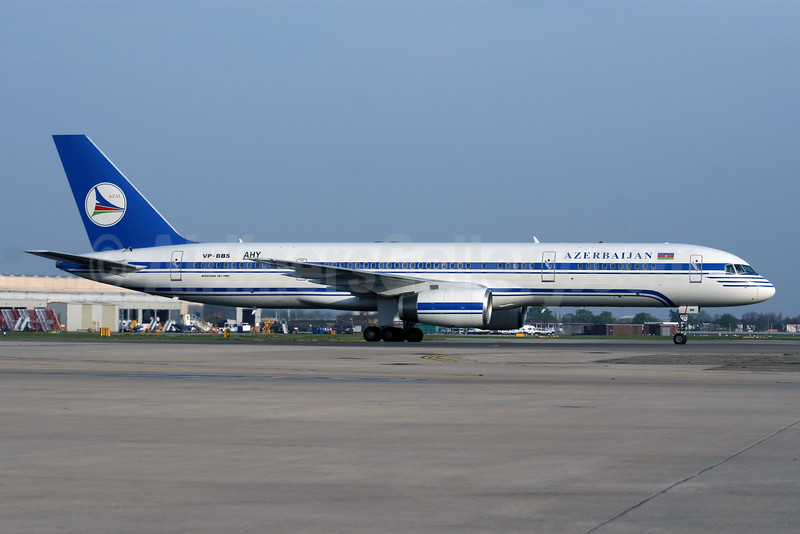 Azerbaijan Airlines-AZAL Boeing 757-22L VP-BBS (msn 30834) LHR. Image: 926226.