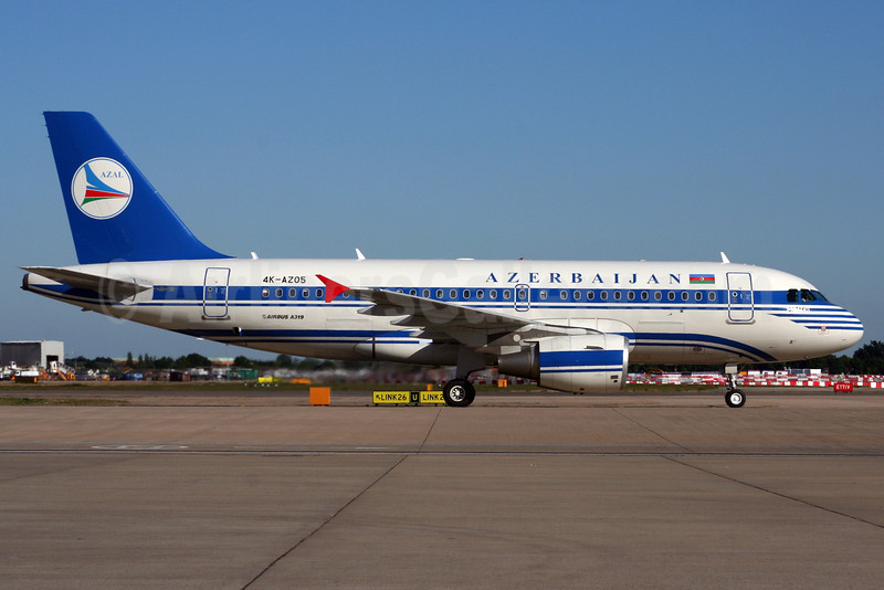 Azerbaijan Airlines-AZAL Airbus A319-111 4K-AZ05 (msn 2788) LHR (Wingnut). Image: 903124.