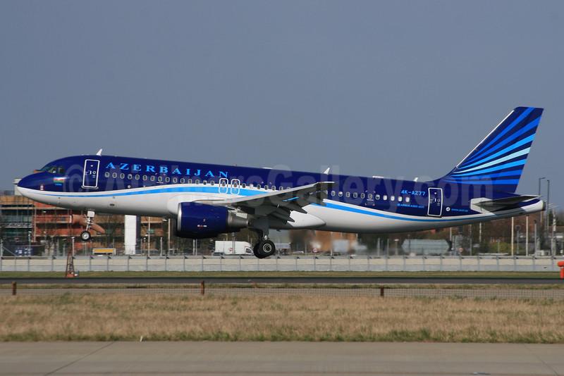 Azerbaijan Airlines Airbus A320-214 4K-AZ77 (msn 2846) LHR (SPA). Image: 934849.