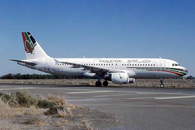 Gulf Air Airbus A320-212 A40-EH (msn 445) SHJ (SPA). Image: 952948.