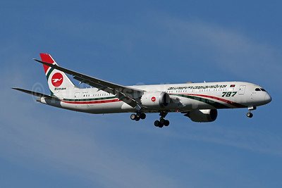 Biman Bangladesh Airlines Boeing 787-9 Dreamliner S2-AJX (msn 60327) IAD (Brian McDonough). Image: 955486.