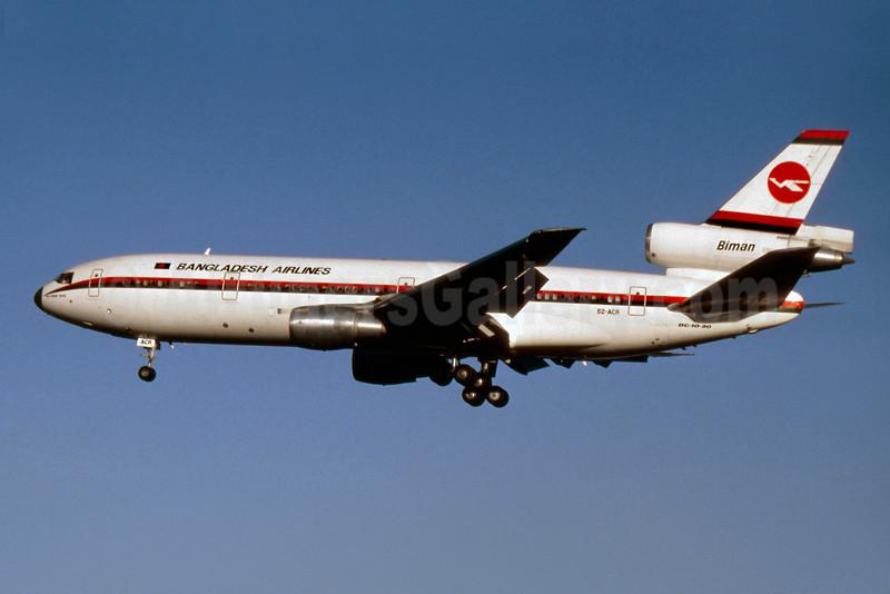 Biman Bangladesh Airlines McDonnell Douglas DC-10-30 S2-ACR (msn 48317) LHR (SM Fitzwilliams Collection). Image: 922175.