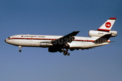 Biman Bangladesh Airlines McDonnell Douglas DC-10-30 S2-ACR (msn 48317) LHR (SM Fitzwilliams Collection). Image: 922175.