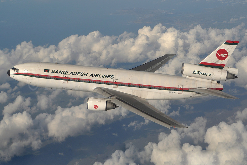 Biman Bangladesh Airlines McDonnell Douglas DC-10-30 S2-ACR (msn 48317) near BHX (Robbie Shaw). Image: 922193.