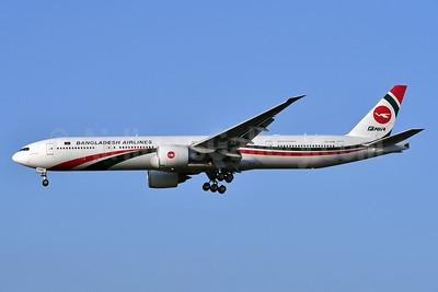 Biman Bangladesh Airlines Boeing 777-3E9 ER S2-AHM (msn 40120) LHR (Ken Petersen). Image: 939879.