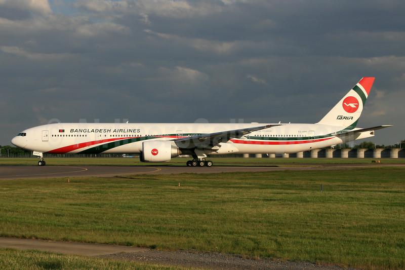 Biman Bangladesh Airlines Boeing 777-3E9 ER S2-AFP (msn 40123) LHR. Image: 928077.