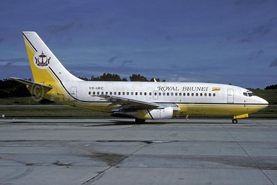 Royal Brunei Airlines Boeing 737-2M6 V8-UEC (msn 21138) BWN (Rolf Wallner). Image: 913775.