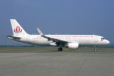 JC International Airlines Airbus A320-214 WL XU-998 (msn 7224) REP (Jacques Guillem Collection). Image: 946452.