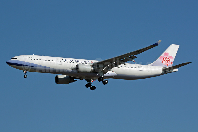 China Airlines Airbus A330-302 B-18306 (msn 675) NRT (Michael B. Ing). Image: 901414.